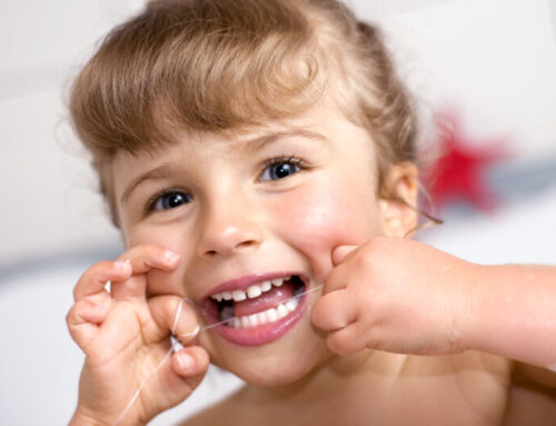 Flossing – When should I start flossing my Childs teeth?